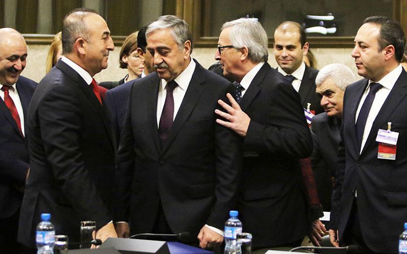Ο Τούρκος ΥΠΕΞ, το ISIS και η απάντηση του Προέδρου της Δημοκρατίας