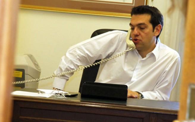 Τσίπρας σε Μέι: Κατάργηση εγγυήσεων και αποχώρηση στρατευμάτων από την Κύπρο