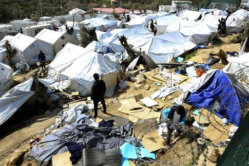 Συλλήψεις 16 προσφύγων για κατοχή ναρκωτικών και μαχαιριών