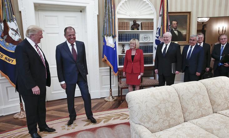 Σάλος με τα δημοσιεύματα ότι ο Τραμπ αποκάλυψε απόρρητες πληροφορίες στον Λαβρόφ