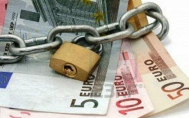 Χωρίς δικαστική απόφαση οι κατασχέσεις λογαριασμών στην Ιταλία