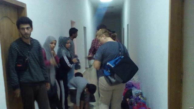 Σύριοι πρόσφυγες στην Αλβανία – echedoros-a.gr (1)