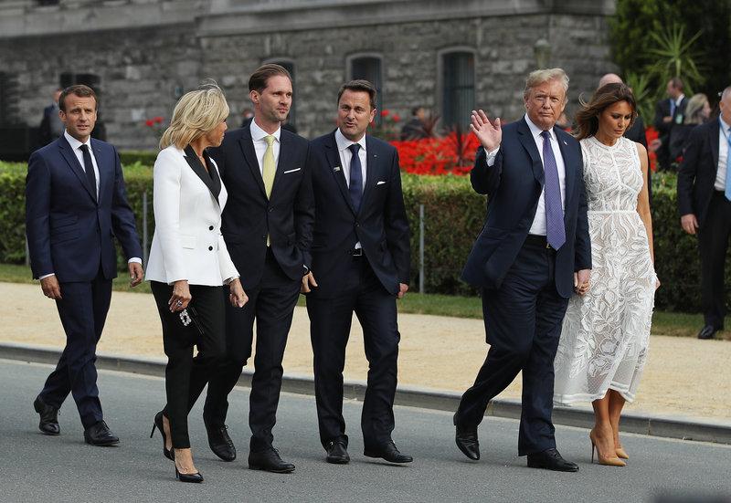 Το προεδρικό ζεύγος της Γαλλίας και των ΗΠΑ ήταν όλη την ώρα μαζί