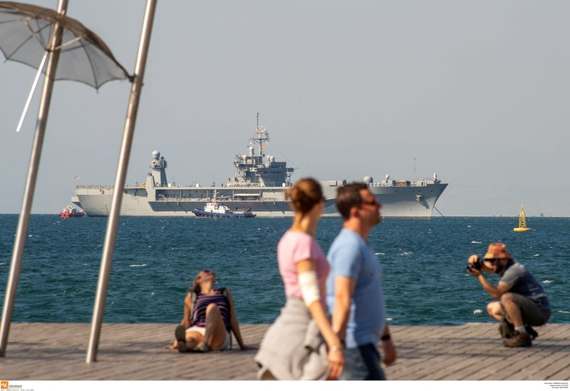 Η ναυαρχίδα του 6ου Αμερικανικού Στόλου πλέει στη Θεσσαλονίκη