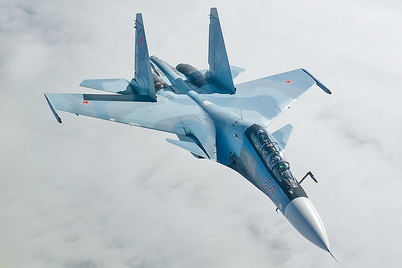 800px-Sukhoi_Su-30SM_in_flight_2014